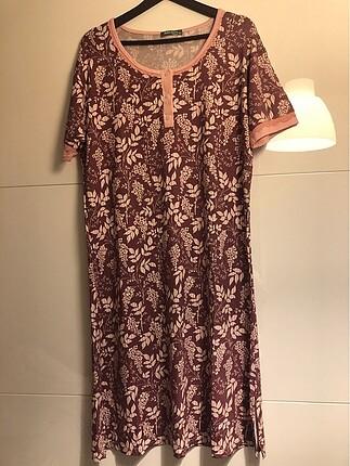 Renkli elbise