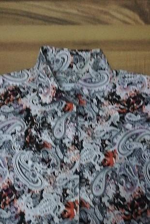 42 Beden desenli gömlek