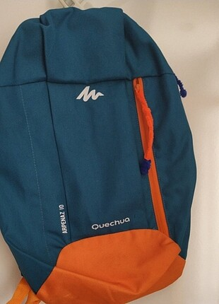 Sırt çantası marka temsili