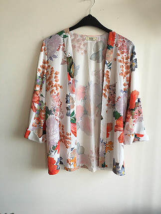 Çiçekli yazlık ceket