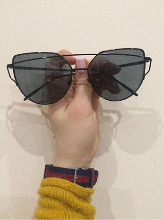 Markasız Ürün Kelebek gözlük