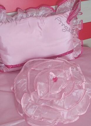 Diğer Çilek leydi yatak örtüsü