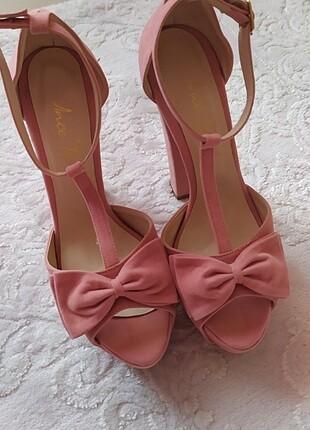Kalın Dolgu topuklu ayakkabı