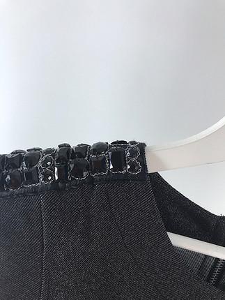 m Beden Omuzları taşli F21 bluz
