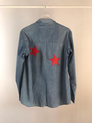 Designer Yıldız baskılı Glamm Co. gömlek