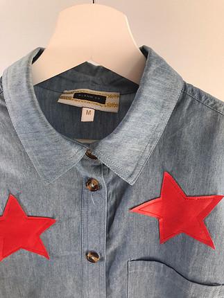 m Beden Yıldız baskılı Glamm Co. gömlek