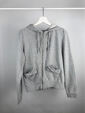 Kapüşonlu fiyonk cepli sweatshirt