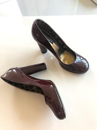 40 Beden Dolce & Gabbana bordo rugan topuklu ayakkabı