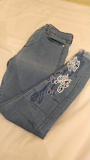 Yüksek bel nakışlı kadın pantolon