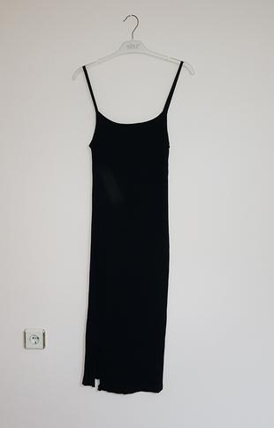 29d3e52515002 Gardrops · Kadın · elbise · kalem elbise · Addax. ip askılı elbise