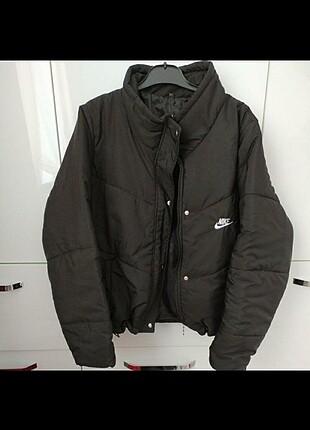 Nike Siyah mont