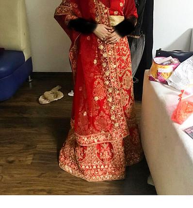 Hint elbisesi hint kıyafeti kına