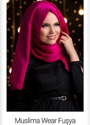 Muslima wear Fuşya püsküllü şal