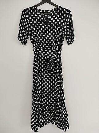 Trendyol puantiye desenli elbise