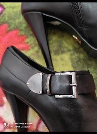 Kemal Tanca Kemal Tanca 36 numara biri ayakkabı