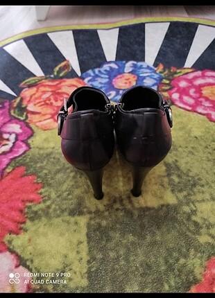 36 Beden Kemal Tanca 36 numara biri ayakkabı