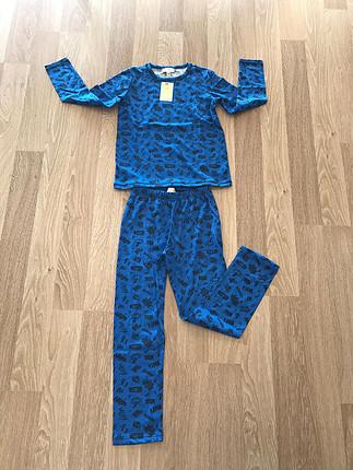 6/7 yaş mevsimlik pijama takımı yeni ve etiketli