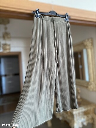 Piliseli şifon pantolon