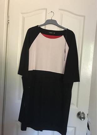Herry siyah beyaz elbise