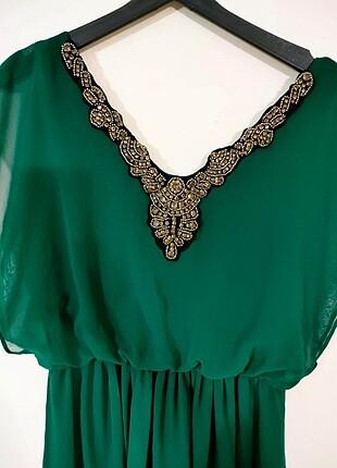 Gusto Gece Elbisesi, Zümrüt yeşili