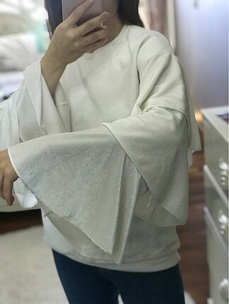 Beyaz kolları süet sweatshirt