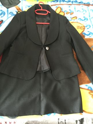 Siyah simli etek ceket takım