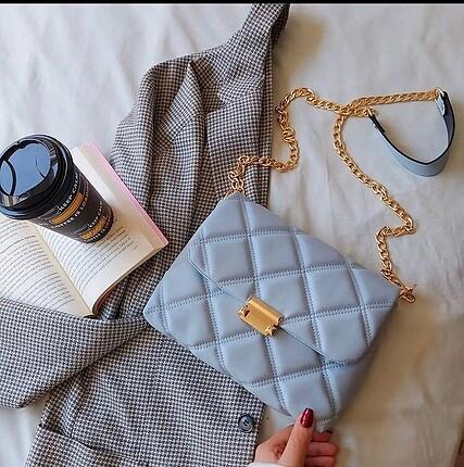 Trend askılı kol çantası