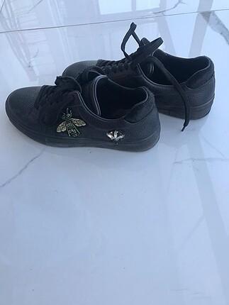 Greyder deri figürlü spor ayakkabı