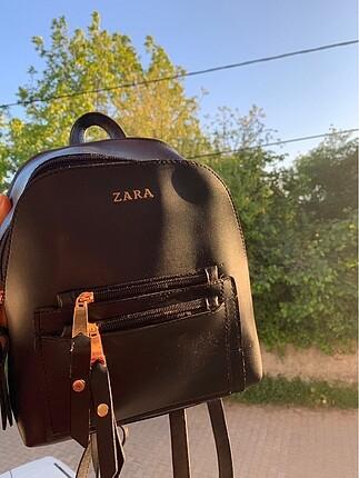 Zara siyah sırt çantası