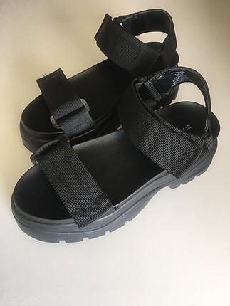 H&M Kalın Tabanlı Sandalet