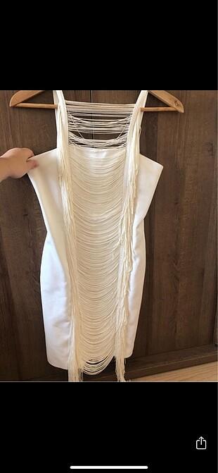 Beyaz gece elbisesi twist