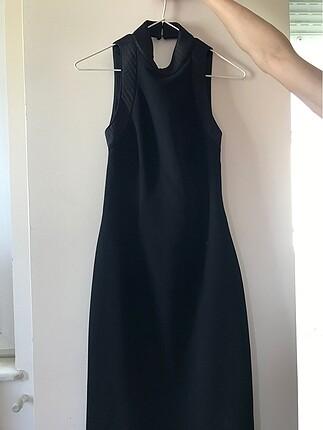 xs Beden Sırt dekolteli elbise