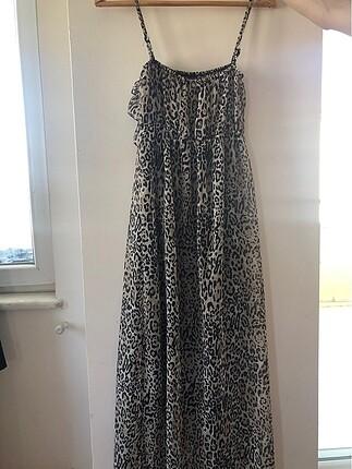 Leoparlı uzun şifon elbise