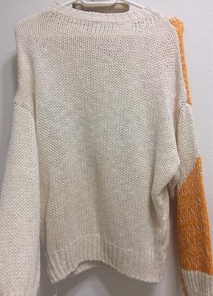 m Beden Butik ürünü turuncu kırcıl detaylı kazak