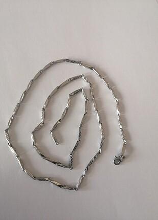 Çelik kolye