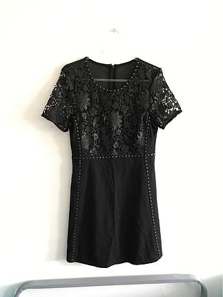 şık siyah elbise