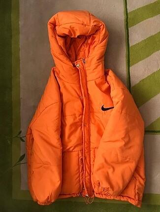 Nike Yağmurluk Mont