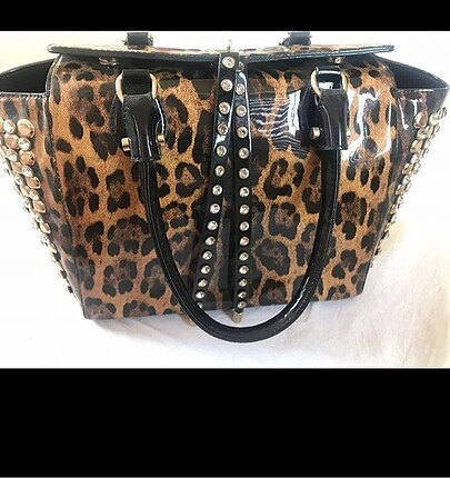 Az kullanılmış aşırı şık, leopar çanta