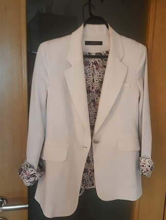 Beyaz spor ceket