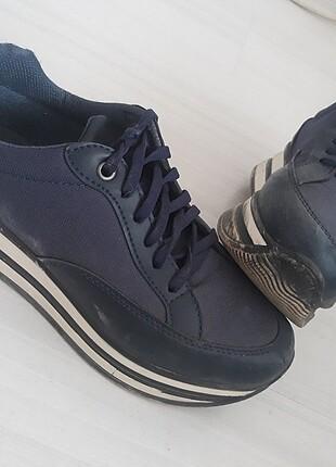 Bayan spor ayakkabi