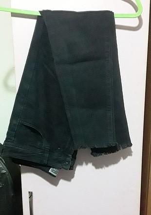 siyah jean