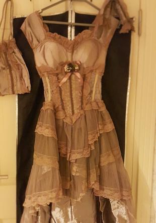 3010503db0424 Gardrops · Kadın · abiye · gece elbisesi · Abiye. balo kıyafeti. Abiye balo  kıyafeti. 40 Beden balo kıyafeti