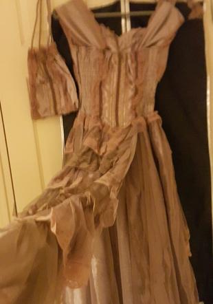 5f49aff41a552 Balo Kıyafeti Abiye Gece Elbisesi %60 İndirimli - Gardrops