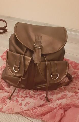 bronz sırt çantası