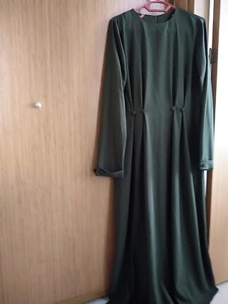 Yeşil özel günlerde kullanmalık elbise