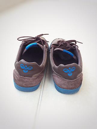 Kahverengi spor ayakkabı