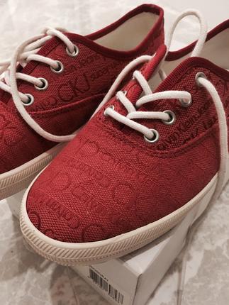 Calvin klein kırmızı spor ayakkabı