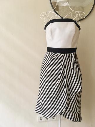 İpekyol straplez elbise