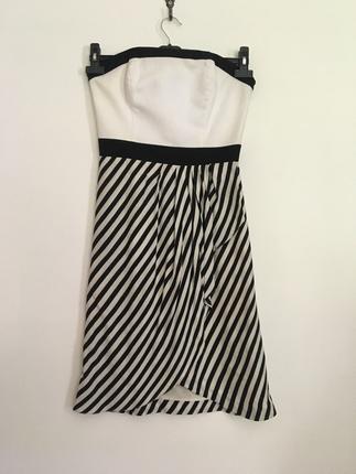 s Beden beyaz Renk İpekyol straplez elbise