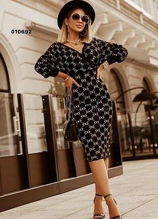 Ürün kodu : 010692 GC Yeni sezon triko elbise Fiyat 180 TL